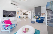 Luxurious villa with swimming pool and magnificent sea view, for sale (12)