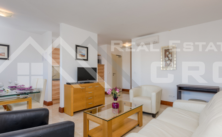 Two - bedroom furnished apartment with sea view for sale  (5)