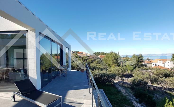 Modern villa with beautiful sea view for sale, Splitska, island Brac (1)