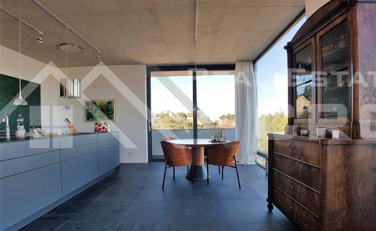 Modern villa with beautiful sea view for sale, Splitska, island Brac (4)