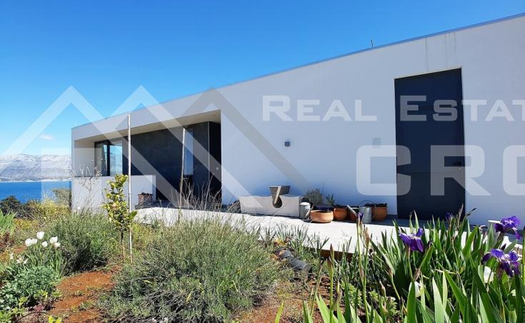 Modern villa with beautiful sea view for sale, Splitska, island Brac (7)