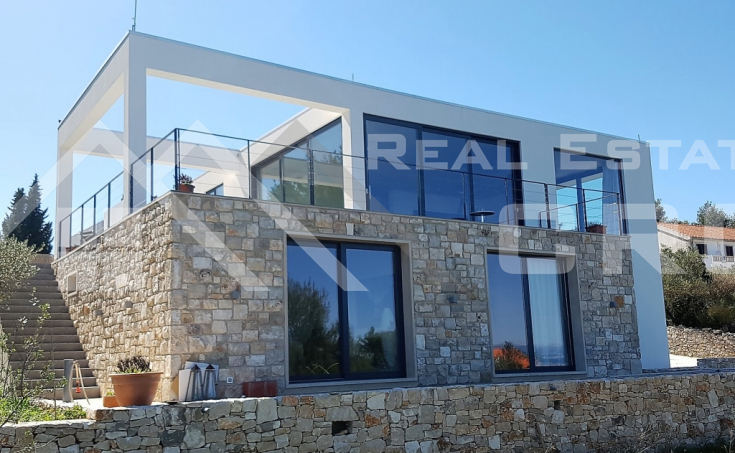 Modern villa with beautiful sea view for sale, Splitska, island Brac (9)