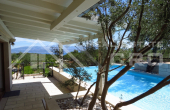 Luxury villa with lake for sale, Sutivan, Brac Island (1)