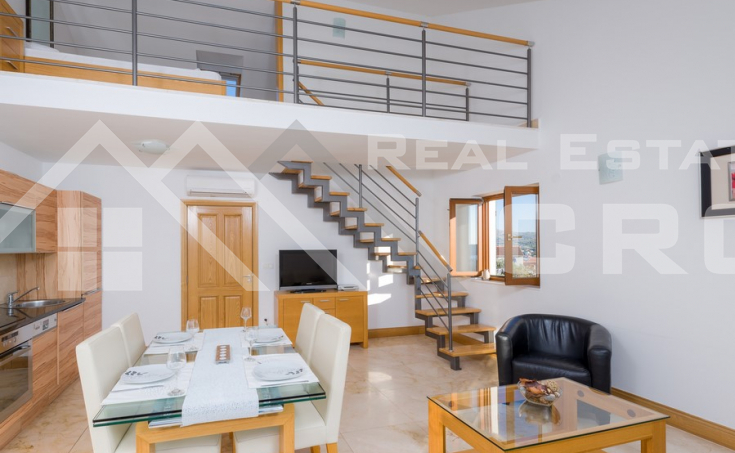 Brac properties – Furnished apartment with sea view, for sale