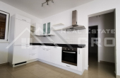 Comfortable three-bedroom apartment in a highly attractive location on Brac, Sutivan for sale, special price  (3)