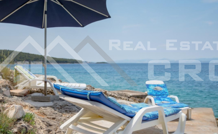 House with sea view in peaceful bay on Brac Island