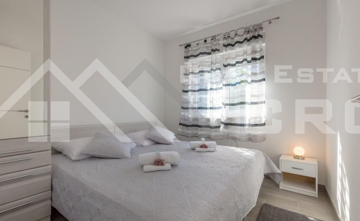 Rogoznica properties – Modern apartment villa with sea view, for sal (2)