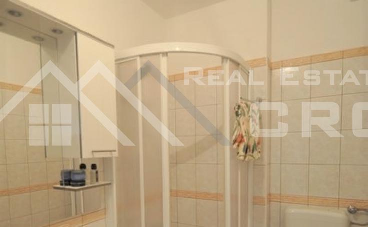 Spacious three bedroom apartment for sale, Split, Lovret (9)