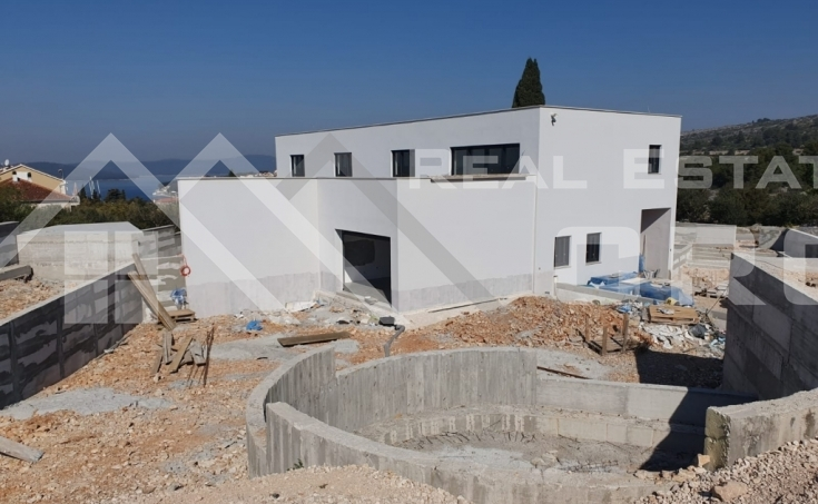 Modern-villa-under-construction-with-sea-view- (1)