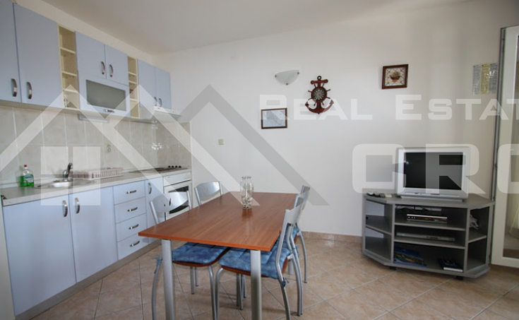 One bedroom apartment with sea view (7)