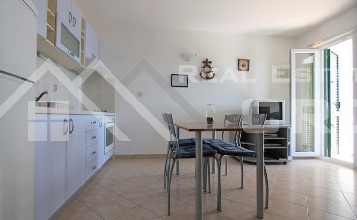 One bedroom apartment with sea view (8)