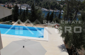 Modern villa with swimming pool for sale (10)