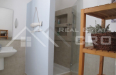 Modern villa with swimming pool for sale (8)