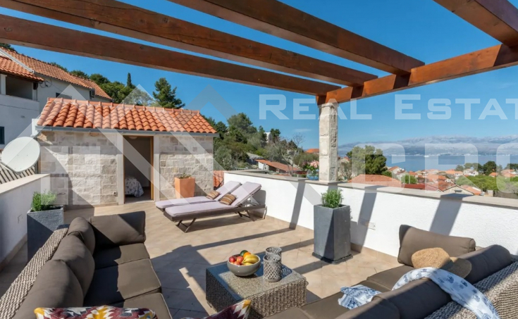 Brac properties Sutivan – Renovated stone house with sea view in an extraordinary location in Sutivan for sale