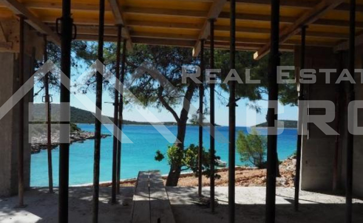 Magnificent property in quiet bay near Rogoznica, for sale (6)