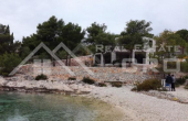 Magnificent property in quiet bay near Rogoznica, for sale (10)