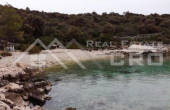 Magnificent property in quiet bay near Rogoznica, for sale (9)
