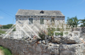 SO118, Old stone house for sale on the island of Solta