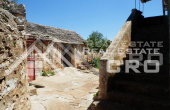 Old-stone-house-for-sale-on-the-island-of-Solta-12