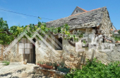 Old-stone-house-for-sale-on-the-island-of-Solta-4