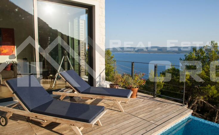Omis properties – Modern villa with swimming pool and panoramic sea view, for sale
