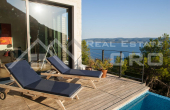 OM762, Omis properties – Modern villa with swimming pool and panoramic sea view, for sale