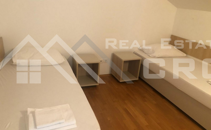 Comfortable three-bedroom apartment in a highly attractive location on Brac Island (2)