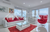Wonderful villa with swimming pool and magnificent sea view (2)
