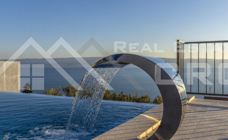 Omis properties – Wonderful villa with swimming pool and sea view, for sale
