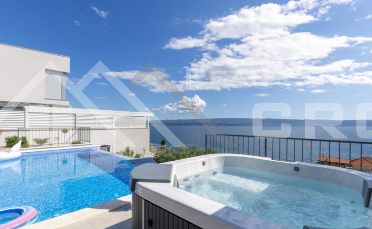 Wonderful villa with swimming pool and sea view (9)