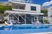 Wonderful villa with swimming pool and sea view (7)