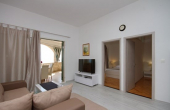 Beautiful apartment villa with restaurant, first row to the sea (5)