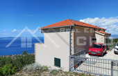 Secluded house with wonderful sea view (11)
