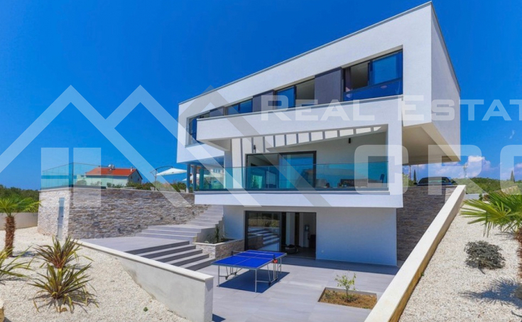 Ciovo properties – Modern villa with swimming pool and sea view, for sale
