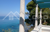 Beautiful stone villa in the first row to the sea for sale (7)