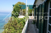 Beautiful stone villa in the first row to the sea for sale (8)