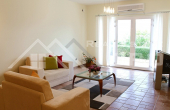 Luxurious villa with a swimming pool in the first line to the sea for sale, Brac island (5)