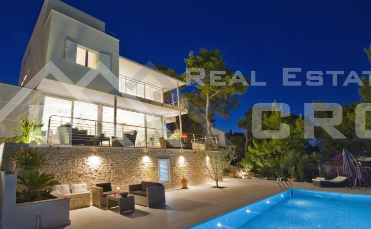 Modern villa with swimming pool and wonderful sea view, for sale, Brac Island