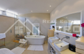 Modern villa with swimming pool and wonderful sea view (9)