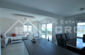 CI424, Newly-built apartment in a very attractive location for sale, Okrug Gornji, Ciovo