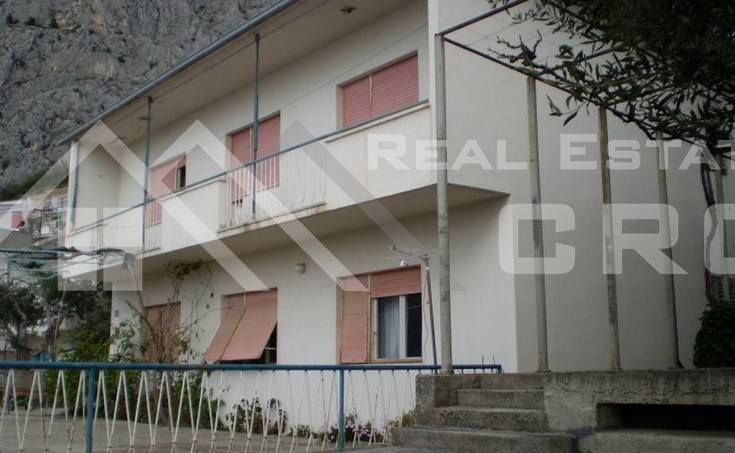 House with sea view in Omis (4)