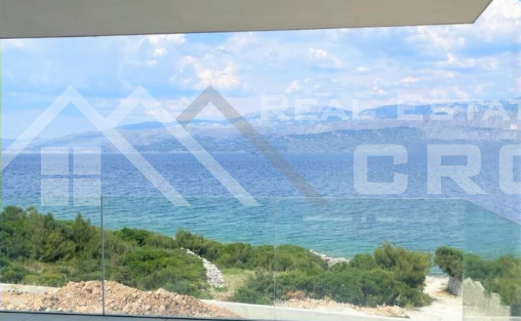 Brac properties – Newly built villa with swimming pool and sea view, for sale
