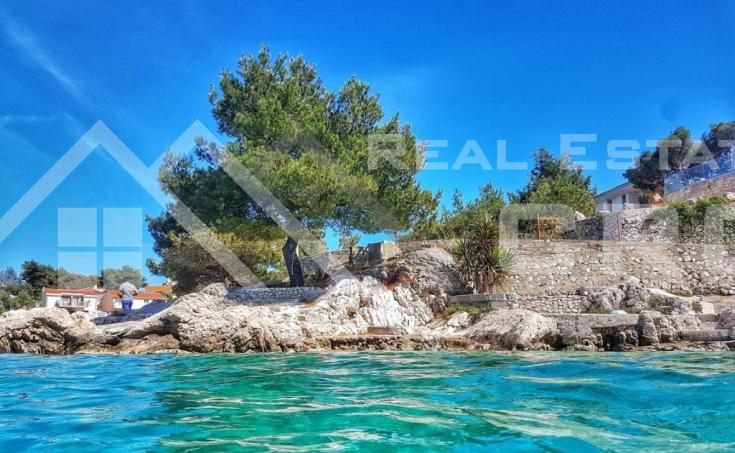 Nekretnine Ražanj - Građevinsko zemljište s građevinskom dozvolom i lijepim pogledom na more, na prodaju