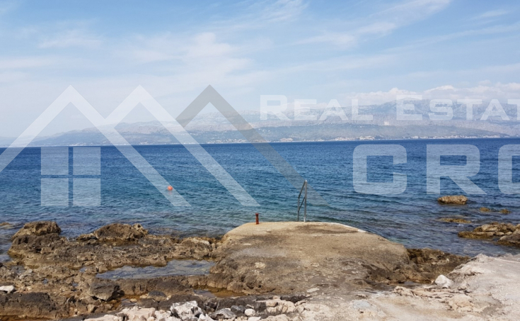 House in the first line to the sea for sale, Brac island (13)