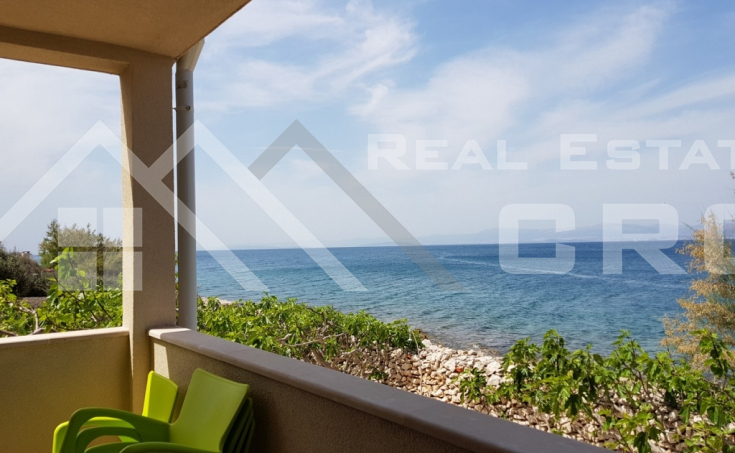 House in the first line to the sea for sale, Brac island (8)