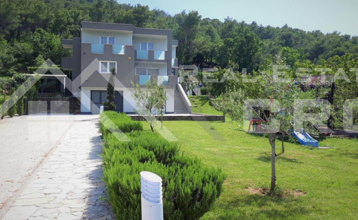 Modern villa with swimming pool in Split hinterland, for sale (11)
