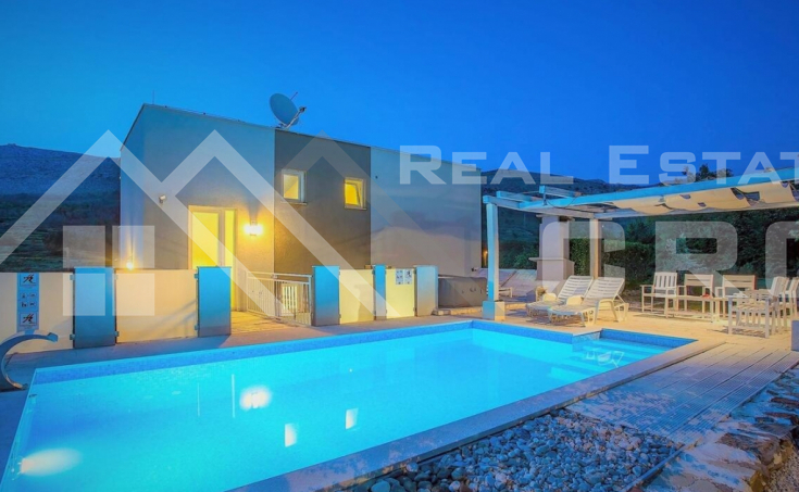 Modern villa with swimming pool in Split hinterland, for sale (7)