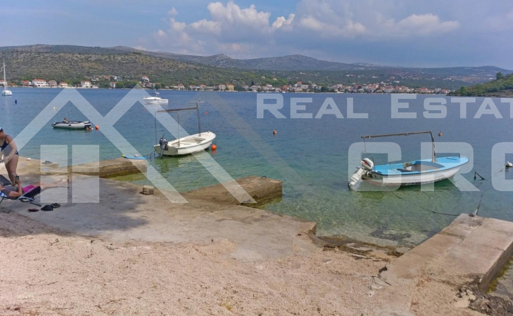 Wonderful house in the first row to the sea in Rogoznica, for sale (3)