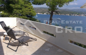 Wonderful house in the first row to the sea in Rogoznica, for sale (4)