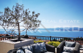 Modern three-bedroom apartment with roof terrace and incredible sea view, for sale (1)